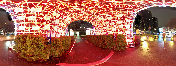 HDR pack #2: Christmas lights and studio apartment – Erwan Leroy